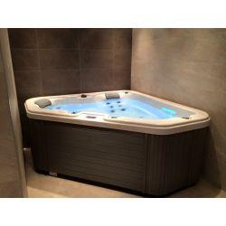 Oceanus Whirlpool Lover Tub Occasion_11066